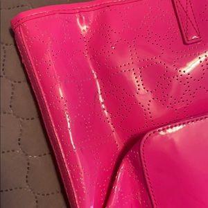 kate spade Bags - NEW Kate Spade Purse